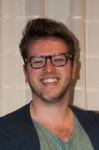 Ben Prins is 25 jaar en studeert grafische vormgeving in Breda. Ben deed als 14-jarige deelnemer mee aan de Muggenronde van 2003. - Ben-99x150